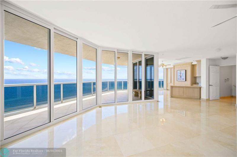 L'Hermitage for Sale - 3100 N Ocean Blvd, Unit 2009, Fort Lauderdale 33308, photo 7 of 35