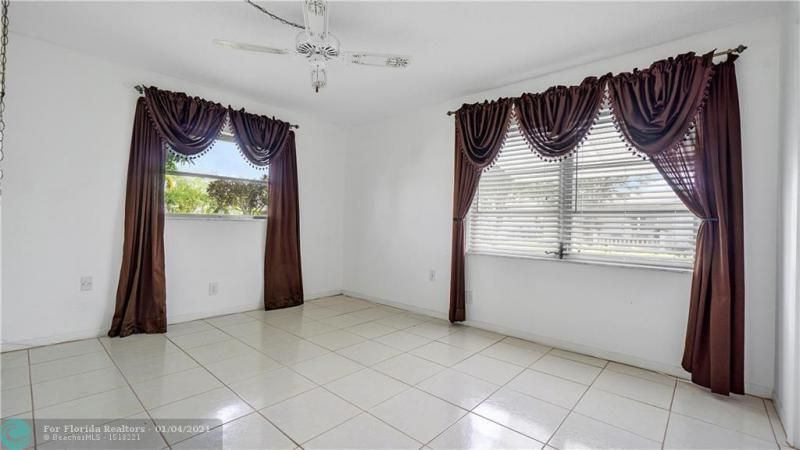 Paradise Gardens Sec 4 76 for Sale - 7235 NW 7 COURT, Margate 33063, photo 14 of 23