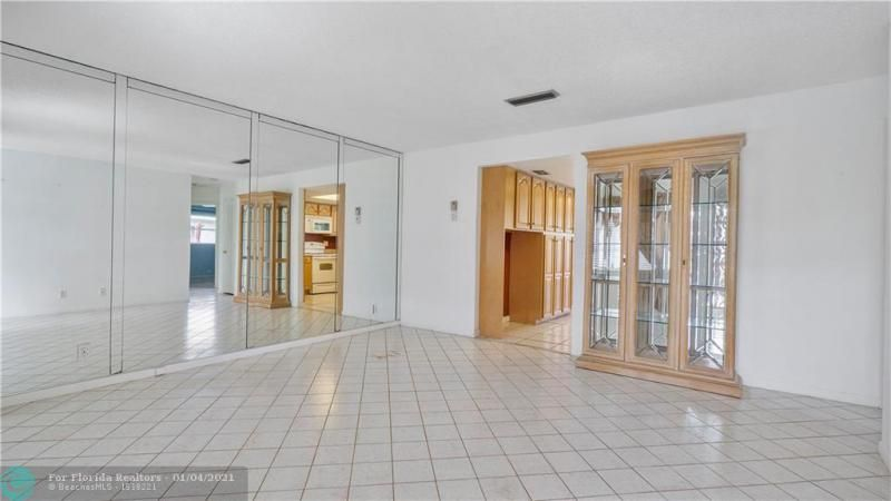 Paradise Gardens Sec 4 76 for Sale - 7235 NW 7 COURT, Margate 33063, photo 6 of 23