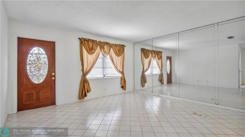 Paradise Gardens Sec 4 76 for Sale - 7235 NW 7 COURT, Margate 33063, photo 7 of 23
