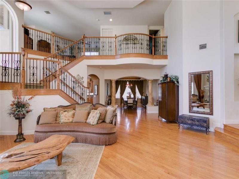 Long Lake Estates for Sale - 2960 W LAKE VISTA CR, Davie 33328, photo 10 of 87