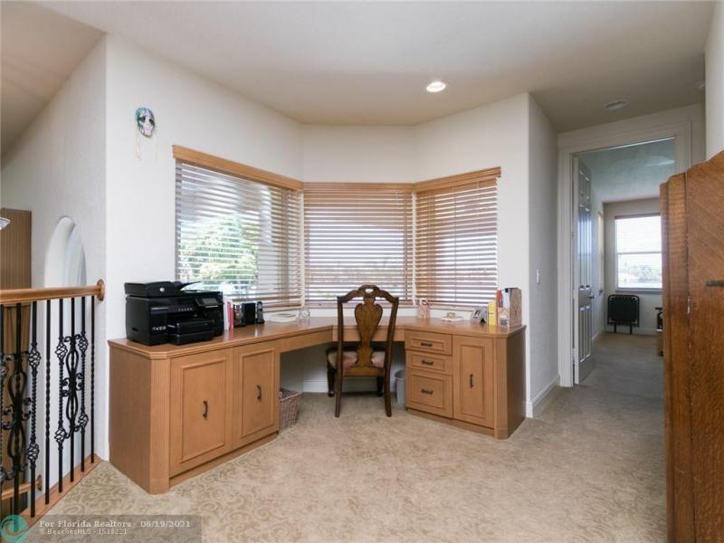 Long Lake Estates for Sale - 2960 W LAKE VISTA CR, Davie 33328, photo 45 of 87