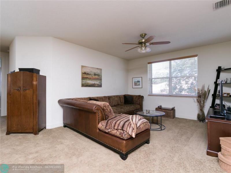 Long Lake Estates for Sale - 2960 W LAKE VISTA CR, Davie 33328, photo 47 of 87