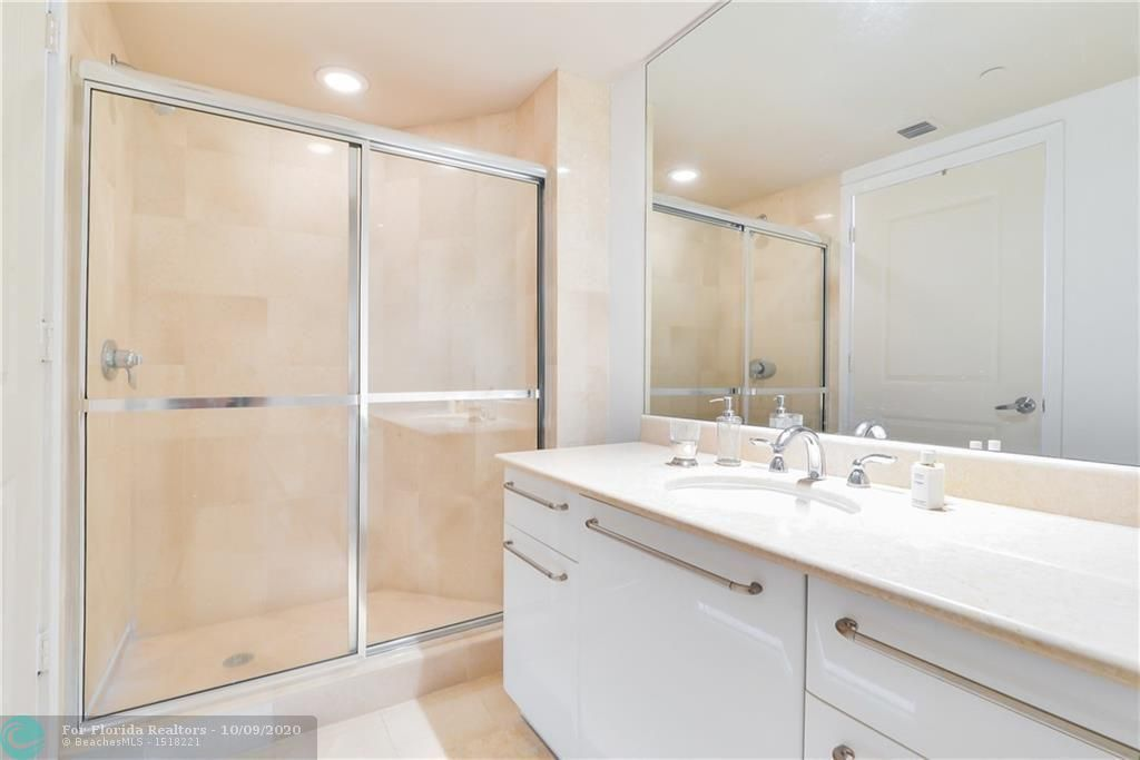 Ocean Palms for Sale - 3101 S Ocean Dr, Unit 2506, Hollywood 33019, photo 18 of 21