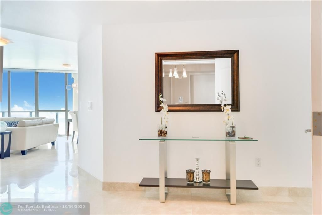 Ocean Palms for Sale - 3101 S Ocean Dr, Unit 2506, Hollywood 33019, photo 6 of 21