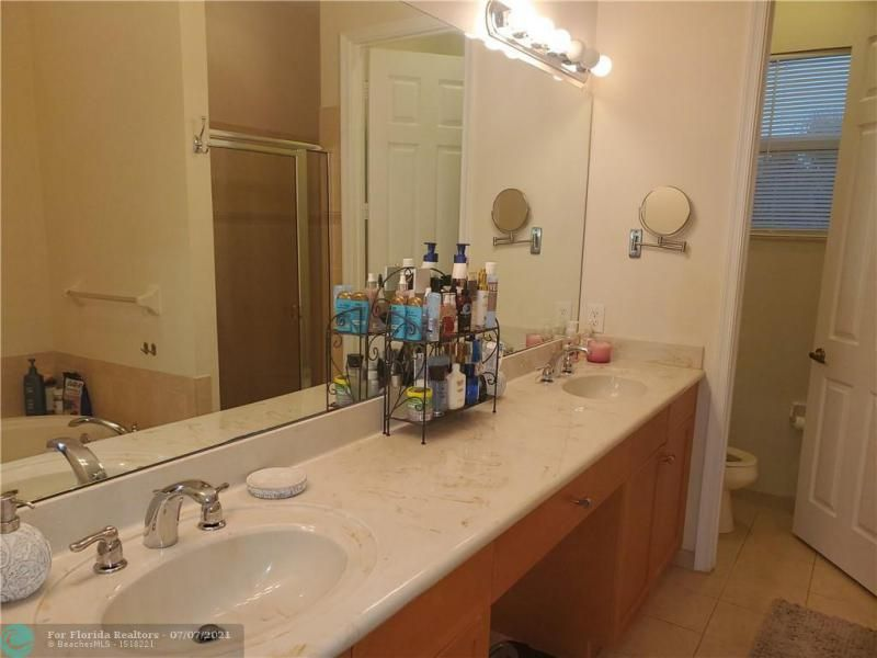 Heron Preserve for Sale - 6017 NW 118th Dr, Unit 6017, Coral Springs 33076, photo 11 of 28