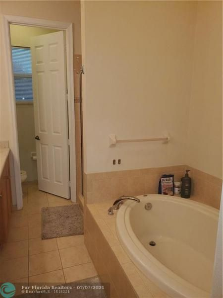 Heron Preserve for Sale - 6017 NW 118th Dr, Unit 6017, Coral Springs 33076, photo 13 of 28