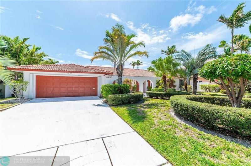 Venetian Isles for Sale - 4430 NE 29th Ave, Lighthouse Point 33064, photo 1 of 18