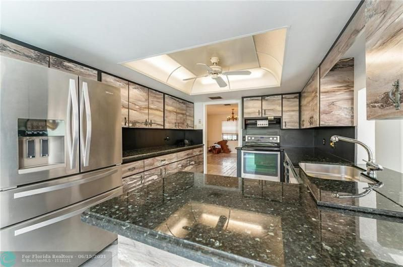 Venetian Isles for Sale - 4430 NE 29th Ave, Lighthouse Point 33064, photo 5 of 18