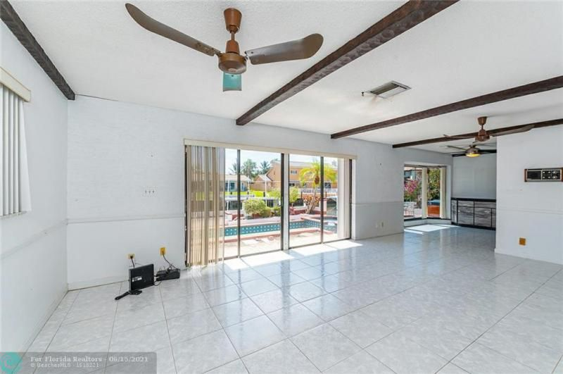 Venetian Isles for Sale - 4430 NE 29th Ave, Lighthouse Point 33064, photo 7 of 18