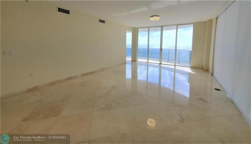 L'Ambiance for Sale - 4240 Galt Ocean Dr, Unit 905, Fort Lauderdale 33308, photo 4 of 38