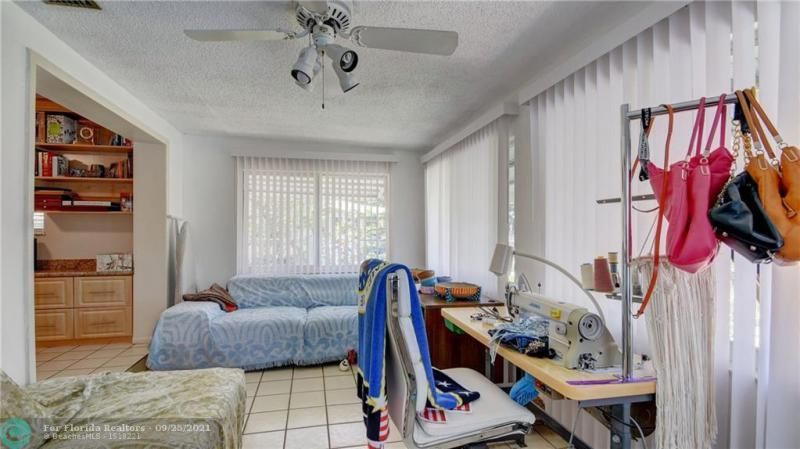 Homes Of Margate for Sale - 6713 NW 27th St, Margate 33063, photo 16 of 42