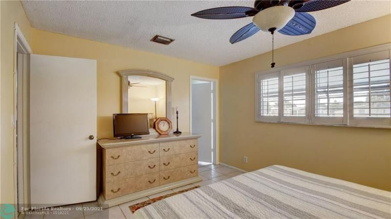 Homes Of Margate for Sale - 6713 NW 27th St, Margate 33063, photo 21 of 42
