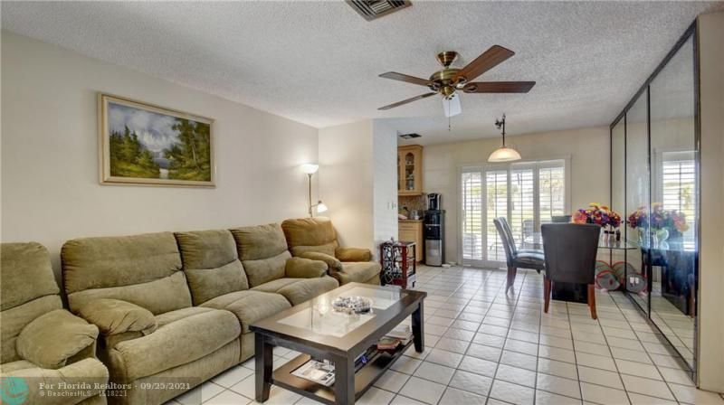 Homes Of Margate for Sale - 6713 NW 27th St, Margate 33063, photo 4 of 42