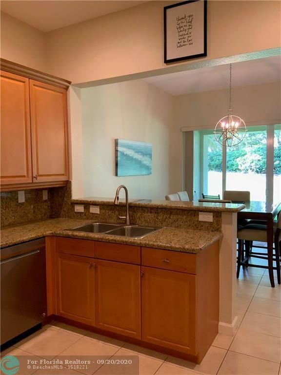 Heron Preserve for Sale - 6004 NW 118th Dr, Coral Springs 33076, photo 18 of 55