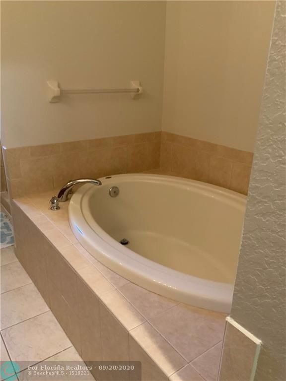 Heron Preserve for Sale - 6004 NW 118th Dr, Coral Springs 33076, photo 51 of 55