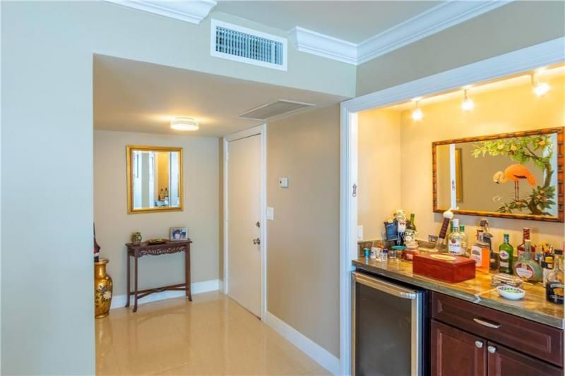 Commodore for Sale - 3430 Galt Ocean, Unit 1411, Fort Lauderdale 33308, photo 10 of 53