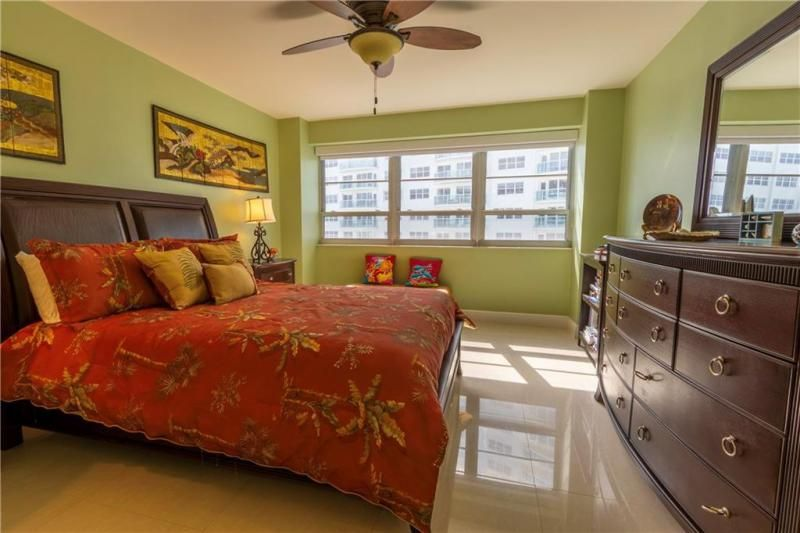 Commodore for Sale - 3430 Galt Ocean, Unit 1411, Fort Lauderdale 33308, photo 17 of 53