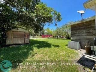 Woodhaven Amended Plat for Sale - Dania, FL 33004, photo 10 of 17
