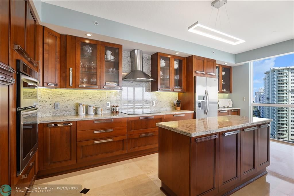 L'Hermitage for Sale - 3100 N Ocean Blvd, Unit 1409, Fort Lauderdale 33308, photo 16 of 72