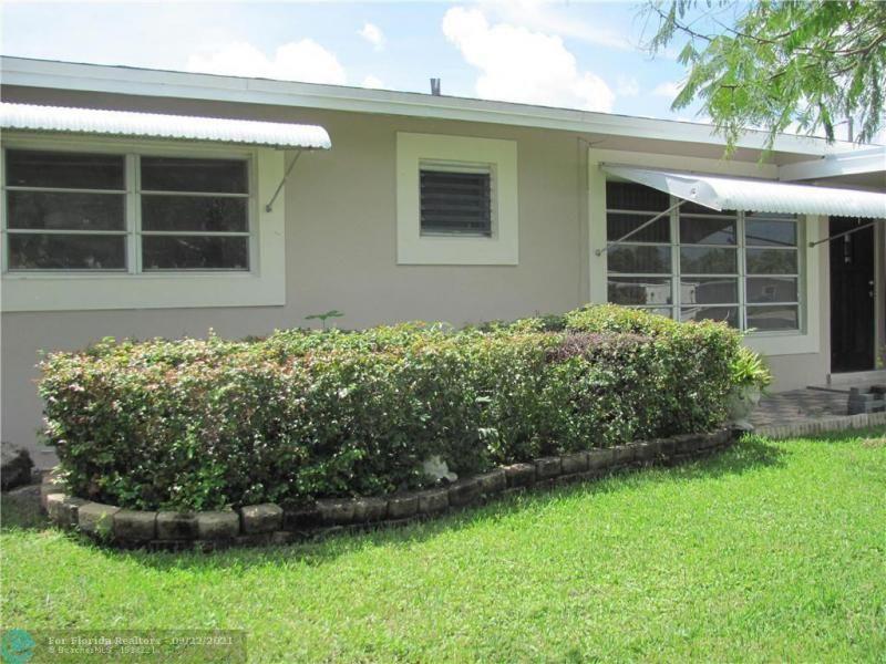Ibec Add 8 48-14 B for Sale - 6114 Hogan Creek Rd, Margate 33063, photo 6 of 37