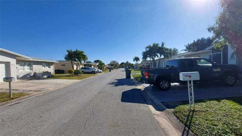 Paradise Gardens Sec 3 72 for Sale - 6980 NW 11th Ct, Margate 33063, photo 6 of 10