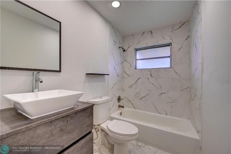 Paradise Gardens Sec 2 69 for Sale - 1750 NW 66th Ter, Margate 33063, photo 23 of 33