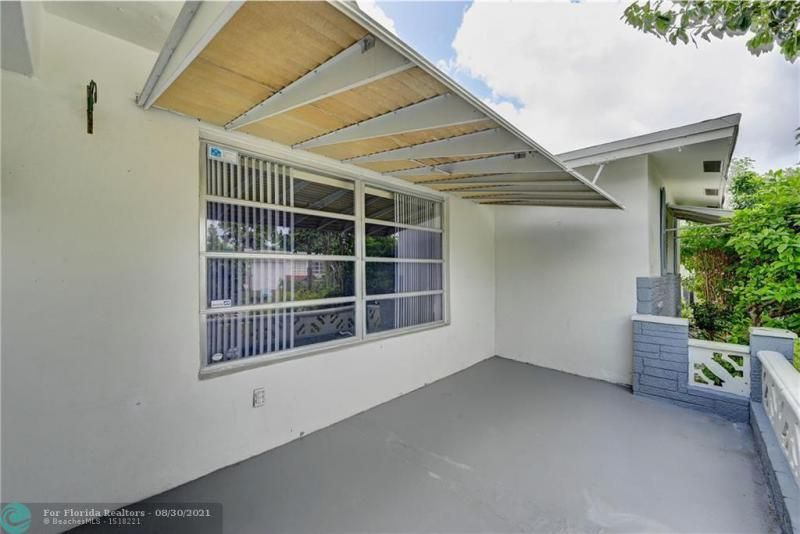Paradise Gardens Sec 2 69 for Sale - 1750 NW 66th Ter, Margate 33063, photo 4 of 33