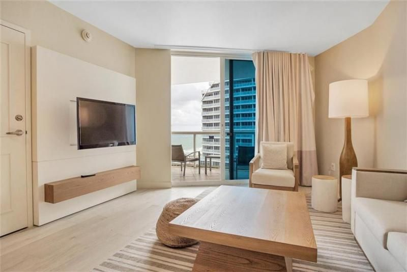 Q Club for Sale - 505 N Fort Lauderdale Beach Blvd, Unit 1107, Fort Lauderdale 33304, photo 1 of 13