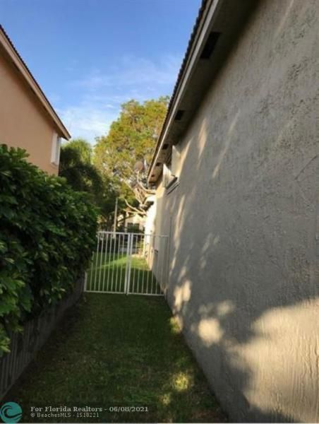 Country Woods 168-5 B for Sale - 7416 NW 51st Way, Coconut Creek 33073, photo 19 of 19