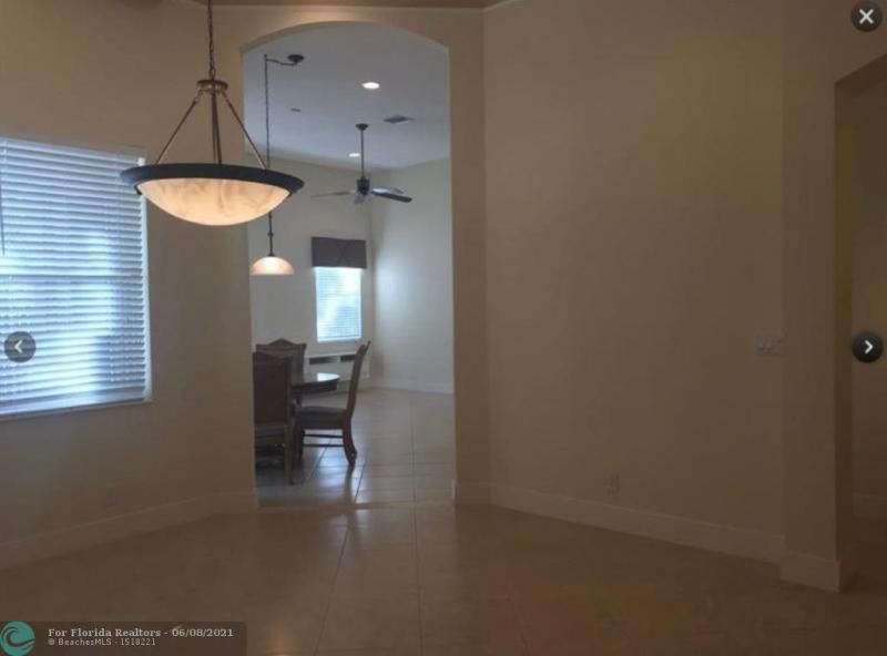Country Woods 168-5 B for Sale - 7416 NW 51st Way, Coconut Creek 33073, photo 6 of 19