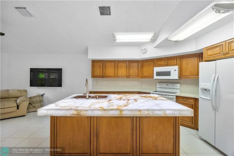 Cocobay for Sale - 6421 NW 41ST TERRACE, Coconut Creek 33073, photo 19 of 60