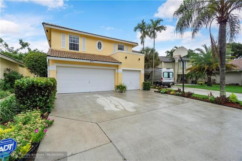 Cocobay for Sale - 6421 NW 41ST TERRACE, Coconut Creek 33073, photo 2 of 60