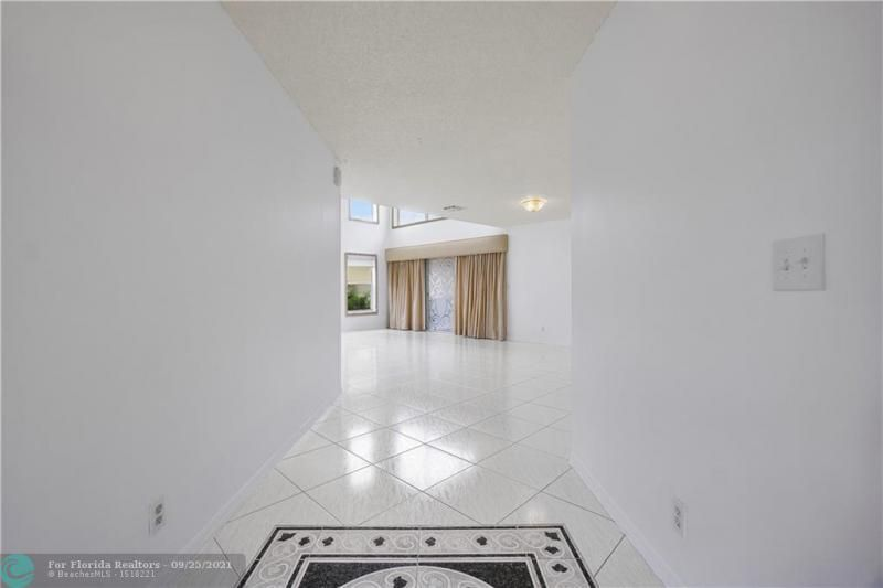 Cocobay for Sale - 6421 NW 41ST TERRACE, Coconut Creek 33073, photo 5 of 60