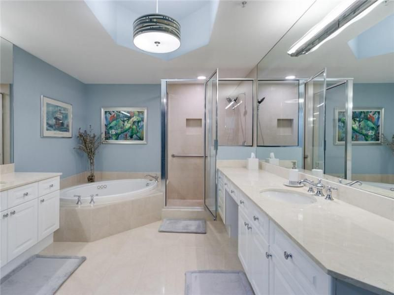 Renaissance On The Ocean for Sale - 6001 N Ocean Dr, Unit 802, Hollywood 33019, photo 23 of 44