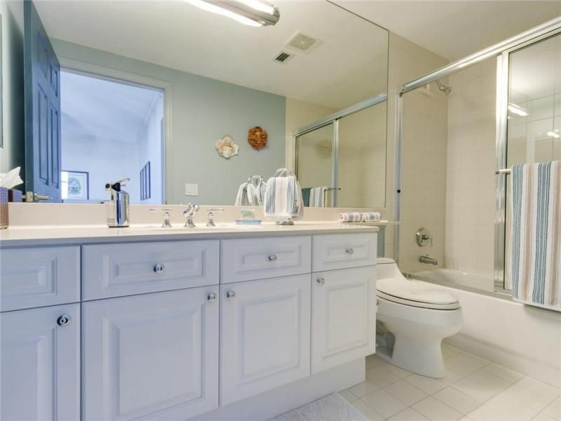Renaissance On The Ocean for Sale - 6001 N Ocean Dr, Unit 802, Hollywood 33019, photo 30 of 44