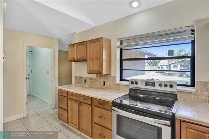 Coral Gate for Sale - 5350 NW 31st Street, Margate 33063, photo 14 of 48