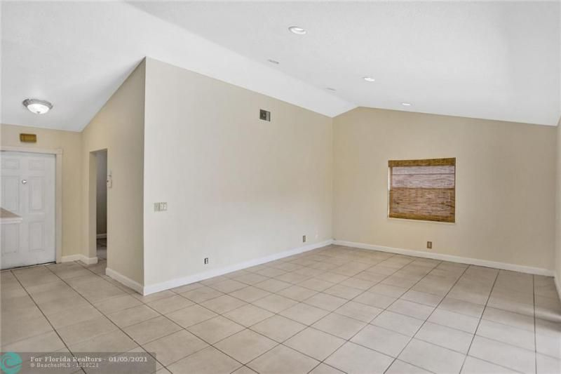 Coral Gate for Sale - 5350 NW 31st Street, Margate 33063, photo 18 of 48