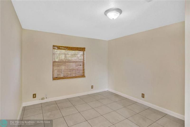 Coral Gate for Sale - 5350 NW 31st Street, Margate 33063, photo 19 of 48