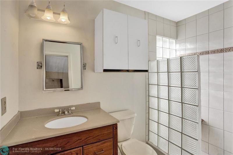 Coral Gate for Sale - 5350 NW 31st Street, Margate 33063, photo 23 of 48