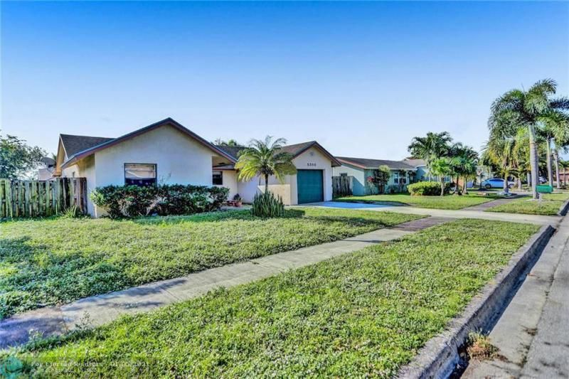 Coral Gate for Sale - 5350 NW 31st Street, Margate 33063, photo 39 of 48