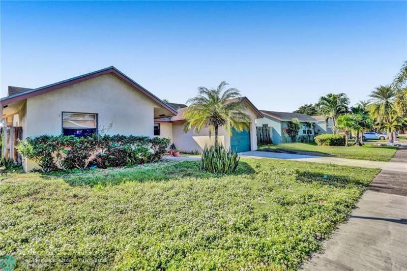 Coral Gate for Sale - 5350 NW 31st Street, Margate 33063, photo 40 of 48