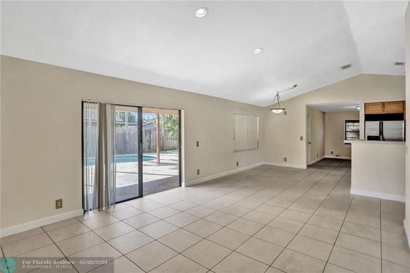 Coral Gate for Sale - 5350 NW 31st Street, Margate 33063, photo 9 of 48