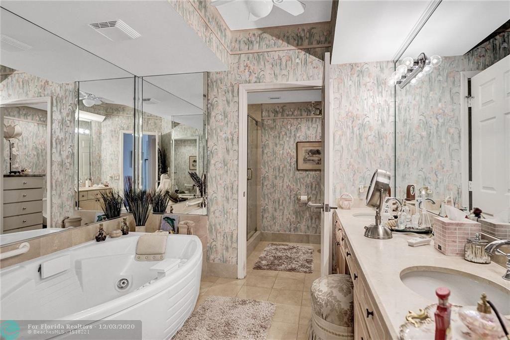 L'Hermitage for Sale - 3100 N Ocean Blvd, Unit 1802, Fort Lauderdale 33308, photo 11 of 21
