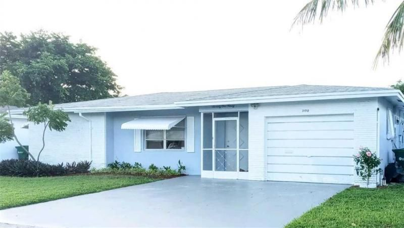 Paradise Gardens Sec 4 76 for Sale - 7190 NW 8th Ct, Margate 33063, photo 1 of 11