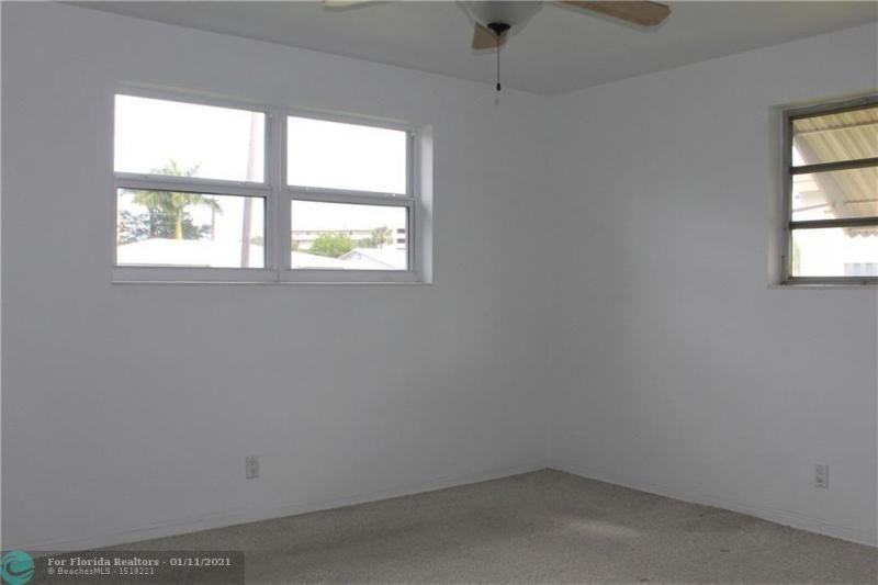 Ocean View Golf Add 37-7 for Sale - 326 SE 3rd Ter, Dania 33004, photo 10 of 14