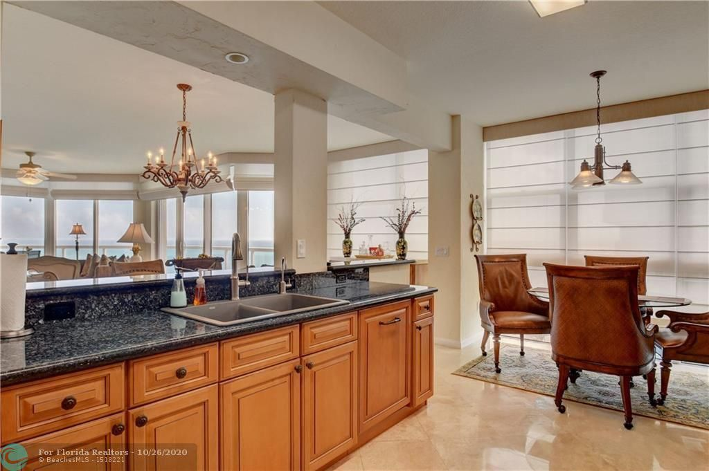 Renaissance On The Ocean for Sale - 6051 N Ocean Dr, Unit 1401, Hollywood 33019, photo 18 of 60