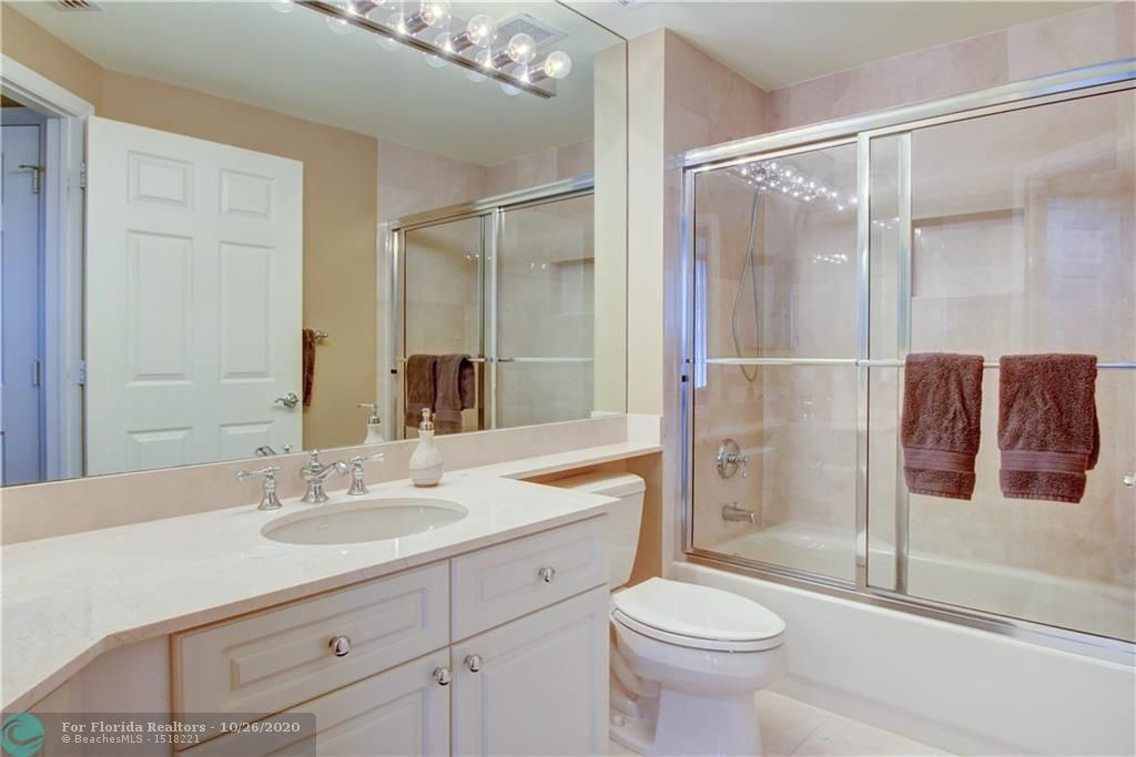 Renaissance On The Ocean for Sale - 6051 N Ocean Dr, Unit 1401, Hollywood 33019, photo 38 of 60