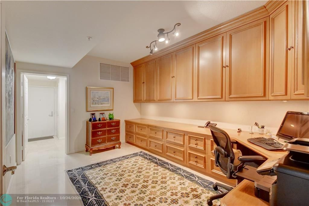 Renaissance On The Ocean for Sale - 6051 N Ocean Dr, Unit 1401, Hollywood 33019, photo 40 of 60