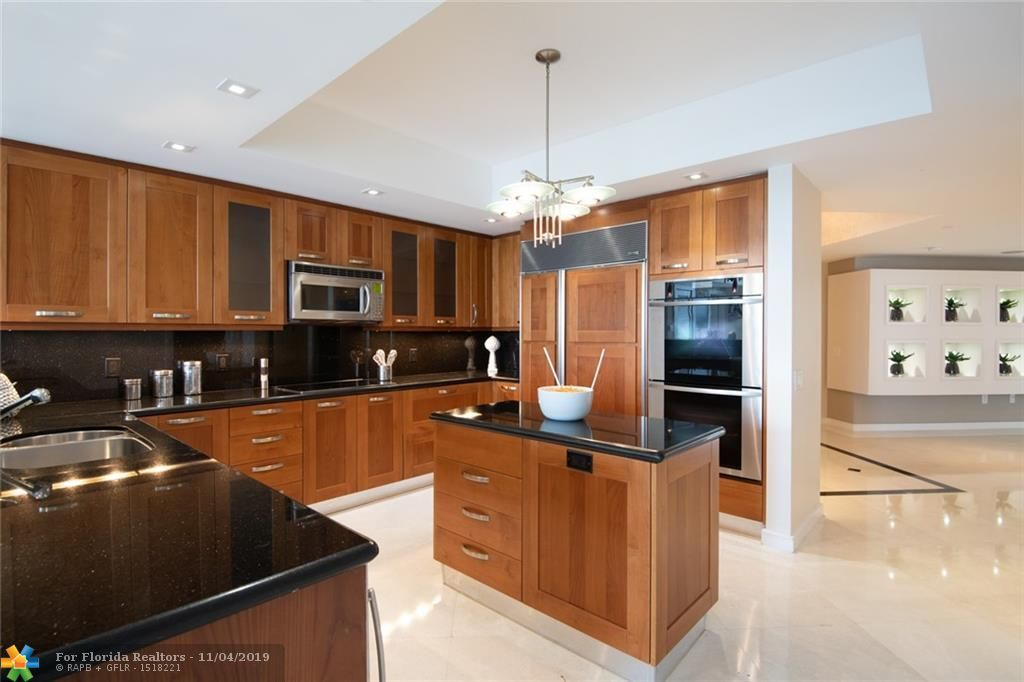 Europa By The Sea for Sale - 1460 S Ocean Blvd, Unit 403, Lauderdale-By-The-Sea 33062, photo 15 of 38